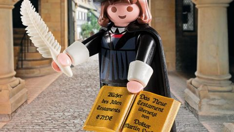 Free Mini Martin Luther for a Song!